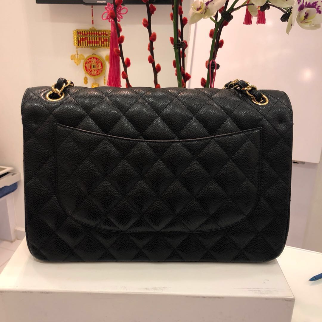 eebdbe158c5a ✖️SOLD✖ Superb Deal. Save 3k! Chanel Jumbo Double Flap in Black Caviar  GHW., Luxury, Bags & Wallets, Handbags on Carousell