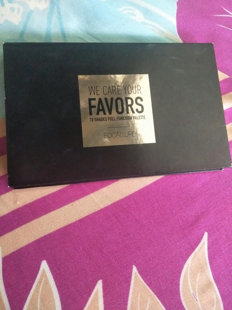 We care your favors 18 shades 02 Neutral