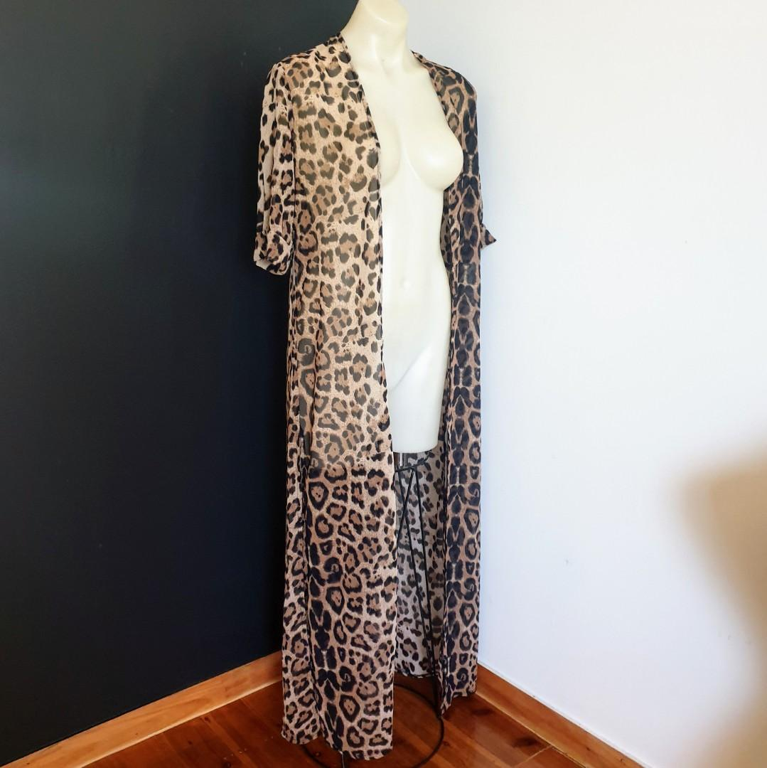 Women's size XS 6-8 'SUPRE' Stunning leopard print long beach bikini cover up - AS NEW
