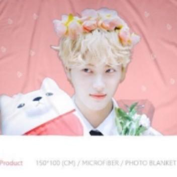 [WTS] THE BOYZ JUHAKNYEON Photo  Blanket by Opium Shot