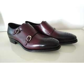 5640bf4a1a090 MINT New with Box Salvatore Ferragamo Tramezza Limited Edition Burgundy  Monk Strap Medallion