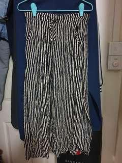 🚚 Skirt with side pocket