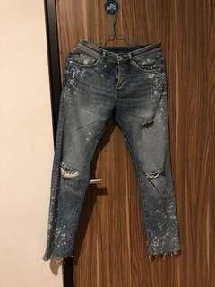 Ripped Jeans H&M