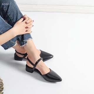🚚 Melinda Low Elf Heels