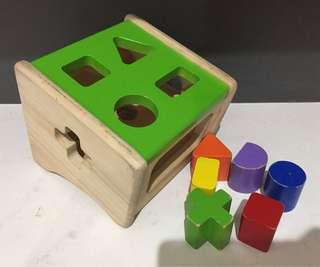 Wonderworld Wooden Shape Sorter