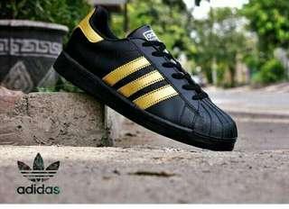 Adidas stripe gold 37