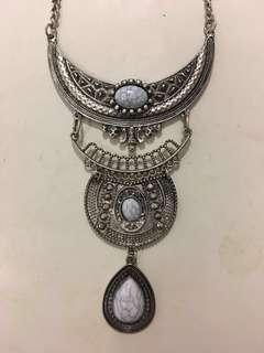 White stone festival necklace #SwapAU