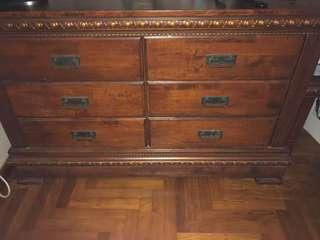Solid wood Chest Drawer