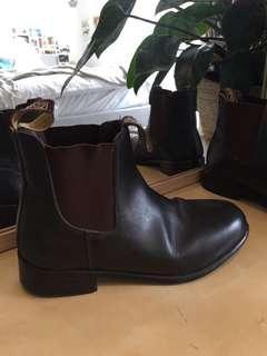 Dublin brown boots