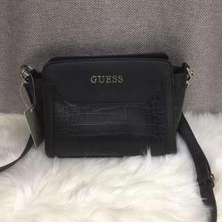 Guess ❤️ FREE POSTAGE