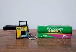110 Mini Shot Camera Keychain with 110 FujiFilm