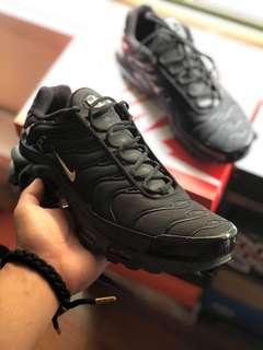 Nike TNs Air Max Plus black/gold MENS US10