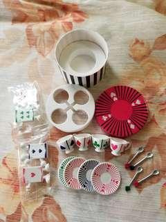 愛麗絲夢遊仙境精美茶具食玩 Alice's wonderland tea set toy