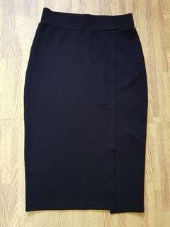 🚚 Black Pencil Skirt