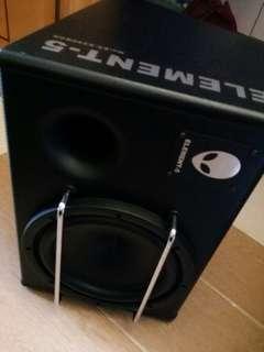 10寸有源超低音,極新淨,不議價