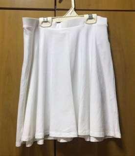 🚚 White Skirt