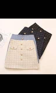 🚚 Tweed button skirt