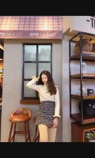 🚚 Tweed skirt
