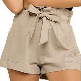 kahki coloured high waisted casual loose shorts!!