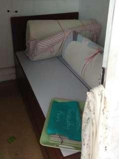 雙人床(4櫃桶)