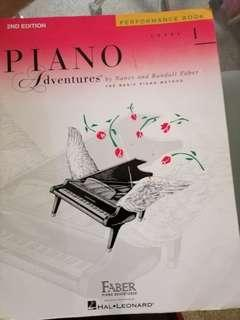 Piano performances book level 1