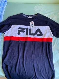 🚚 Bnwt fila shirt