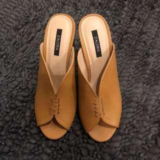 ZALORA Slip On Sandals