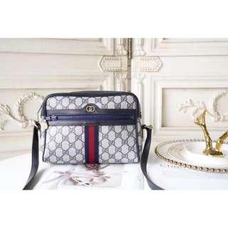 1af53ad7083b 🌹COACH荔枝紋全皮前口袋後背包, 名牌精品, 精品包包在Carousell