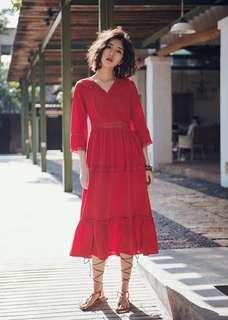 🚚 紅繡花蕾絲超仙顯瘦洋裝