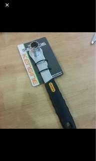 Kengine cassette tool remover