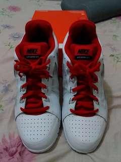 🚚 US11_全新Nike休閒鞋