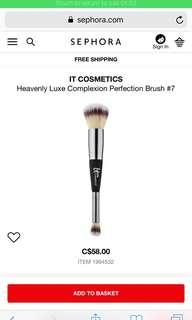 NEW IT COSMETICS BRUSH