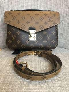 New Authentic Louis Vuitton Pochette Metis Reverse