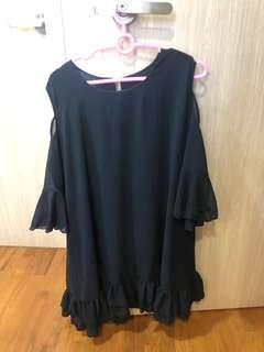 Plus size Black cold shoulder Long TOP