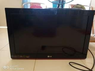 SALE TV LG 32 INC BLACK