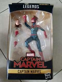 Marvel Legends Captain Marvel figurine