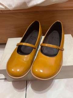🚚 Fin~焦糖色娃娃鞋