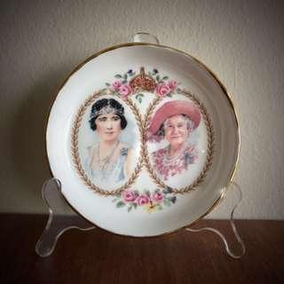 Queen Mother~ 100th year commemorative souvenir by Royal Albert