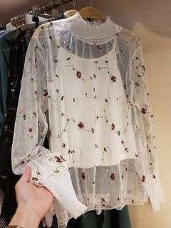 🚚 [全新]✨降價  正韓刺繡透視網紗上衣  Free size