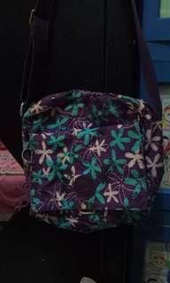 tas selempang wanita kipling