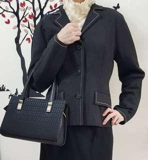 日本專櫃 iCB 西裝外套,外套,邊線特色設計,後背收腰裝飾,外套,原價20000多日幣