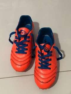 Kronos Soccer boots for preschoolers