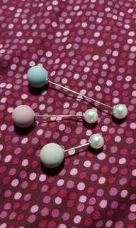 🚚 Pearl brooch