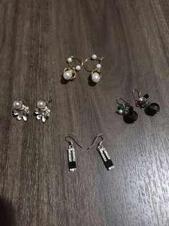 🚚 Cute Earrings 💖