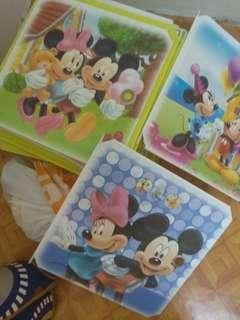 16 cube mickey &  minnie mouse (yellow)