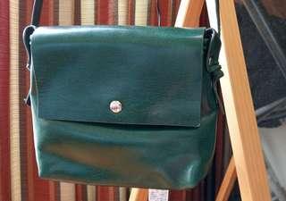 🚚 墨綠色小包
