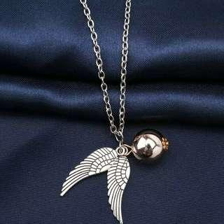 [FREE POSTAGE] Harry Potter Golden Snitch Necklace
