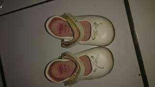 Flat shoes bayi