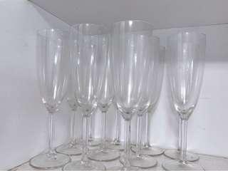 11 Wine Glasses