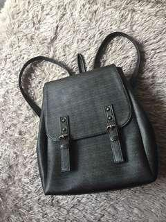 Back pack hitam korea lucu